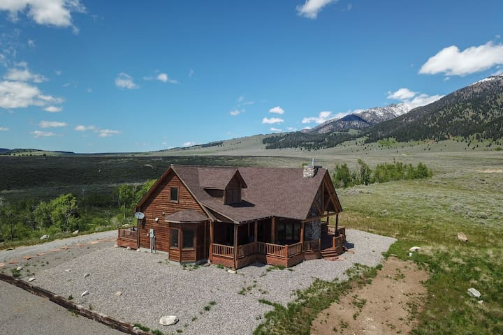 Elk Crossing Lodge
