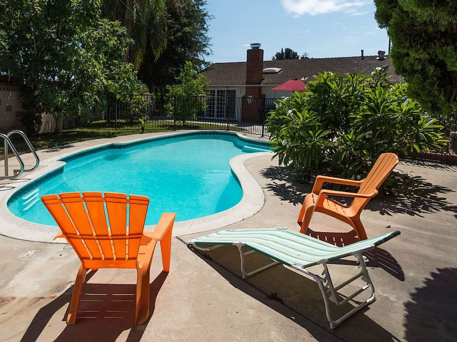 Walk to disneyland private pool 10 houses for rent in for King s fish house anaheim