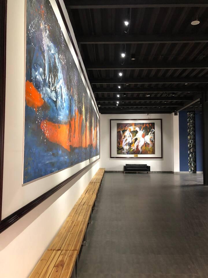 火车站街区城市安静港湾,可制陶艺免费参观美术馆,