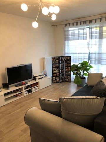 Chambre simple pour personnes simples