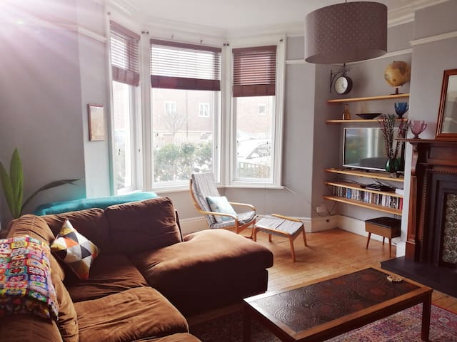 Bright and spacious flat in Cullercoats