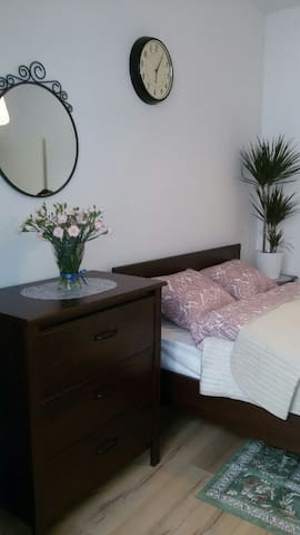 N4 New comfortable Studio - Brussel - Huis