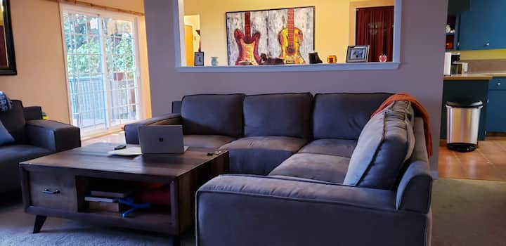 Entire House Near Airport w/ View - Dog Friendly!
