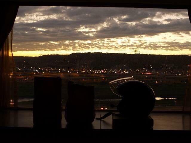 窗台吧台黃昏