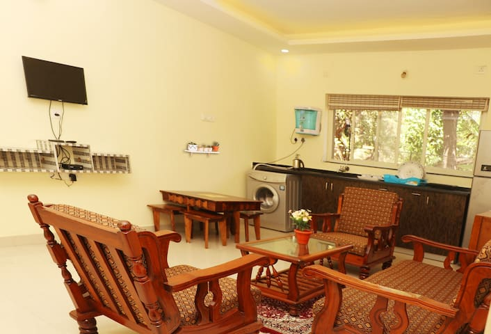 Jyot's Homestay & Villas 2Bhk APT BIRD's NEST