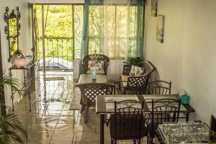Zamoras Guest Apartaments