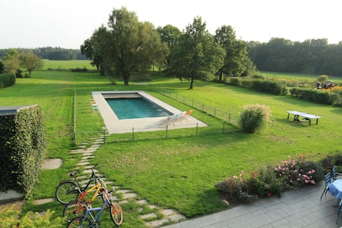 Large holiday home with Pool