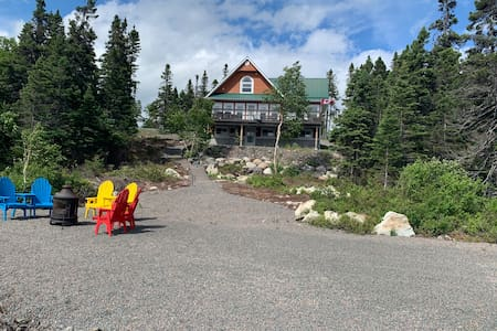 Thorburn Lake Retreat