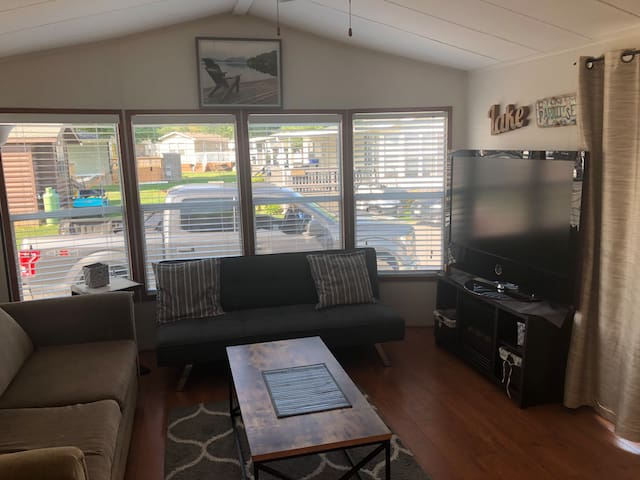 Large living area with cable TV