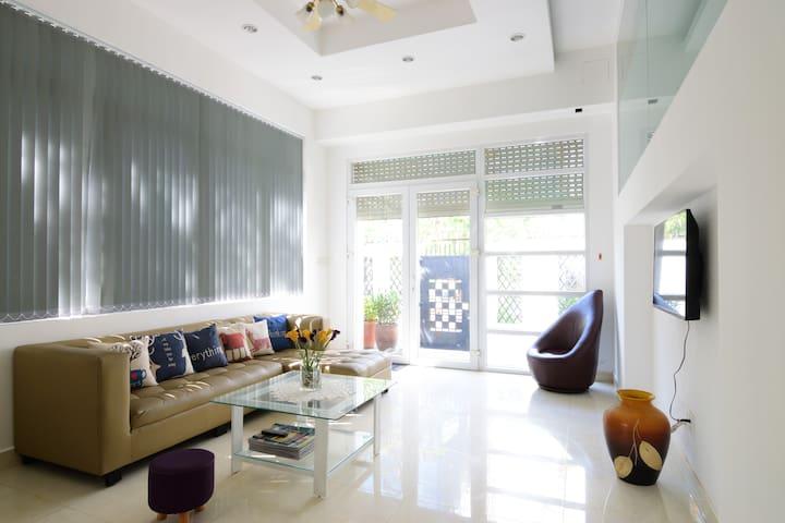 Cosa Villa #3 - Spacious & Modern Room In A Villa - Ho-Chi-Minh-Stadt - Villa