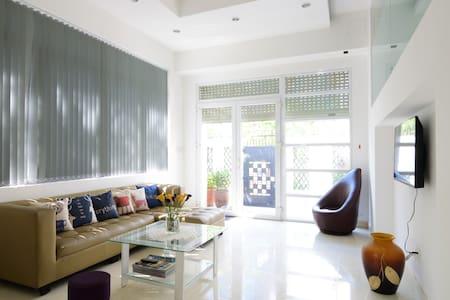 Big, Clean & Modern Room In A Villa - Ho Chi Minh City