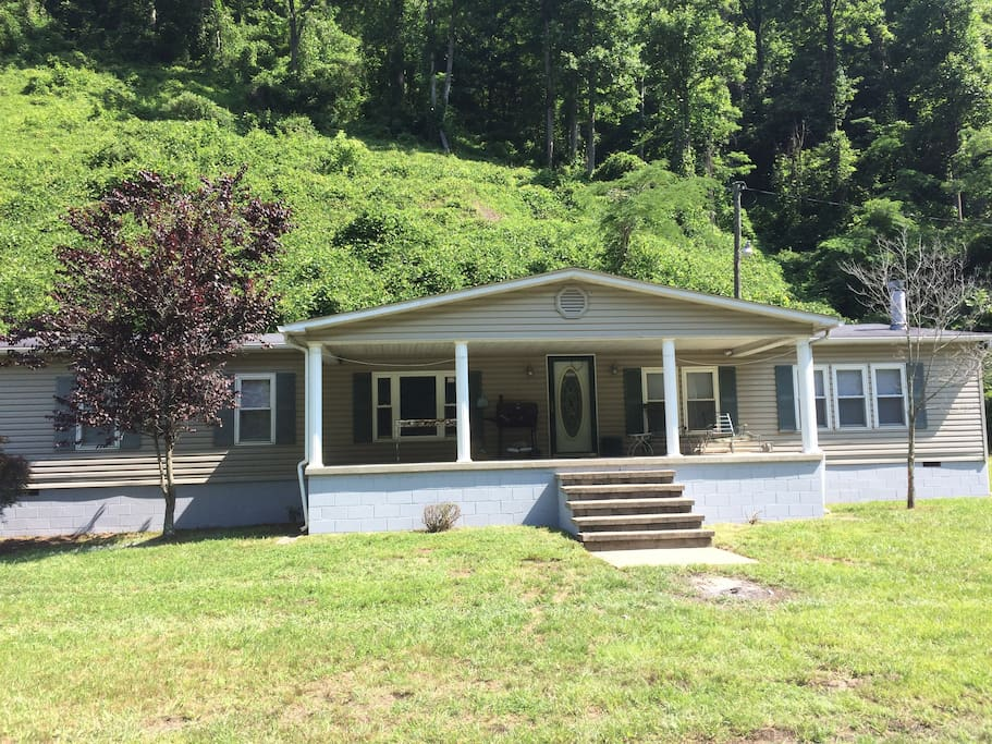 matewan singles Browse our matewan, wv single-family homes for sale view property photos and listing details of available homes on the market.