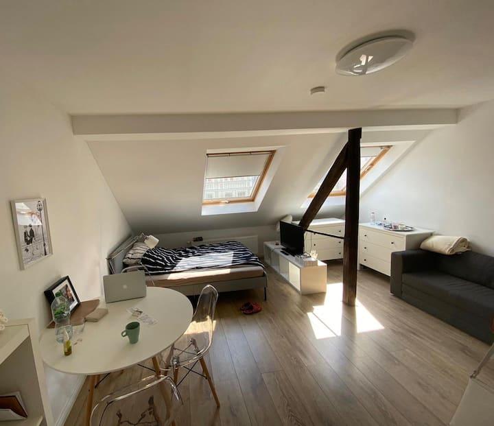 Modernes Apartment im beliebten Viertel Nippes