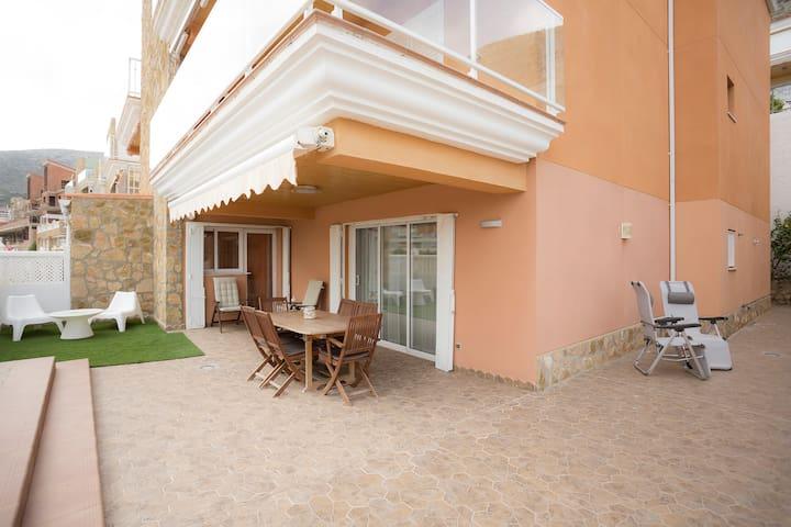 Apartamento con Amplia Terraza, Cullera