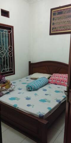 Rumah 2 lantai 5 kamar di Padalarang Bandung barat