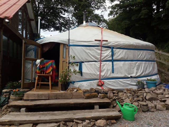 Yurt @ Carrigeen Hill Farmhouse