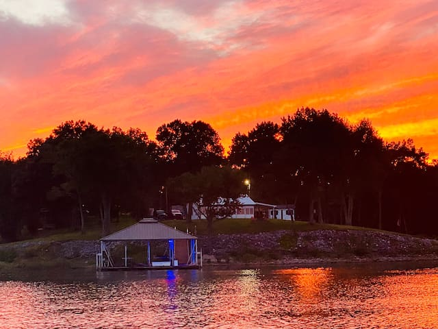 KY Lake Oasis