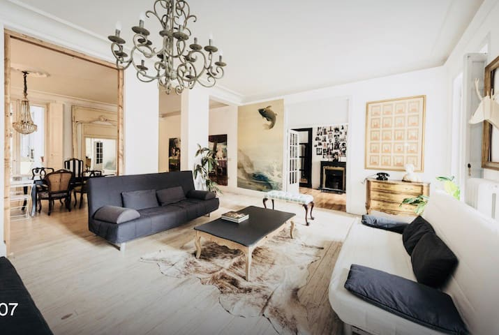Amazing flat with terraces and smokestack