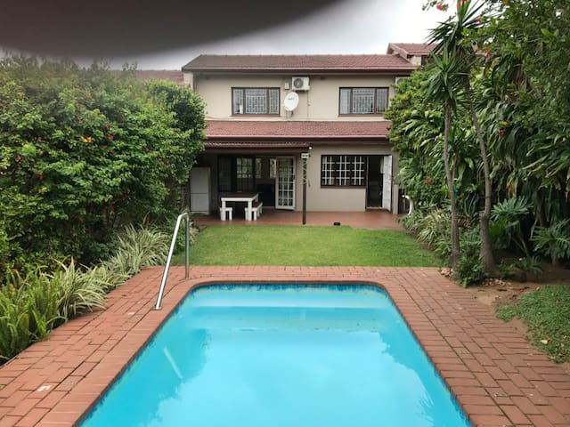 Private holiday home, sea views - 7 Ballito View