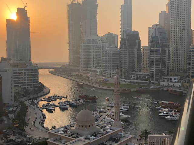 Luxury Studio in Dubai Marina,full Marina&Sea view