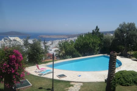 Luxury Villa With Great View and Swimming Pool