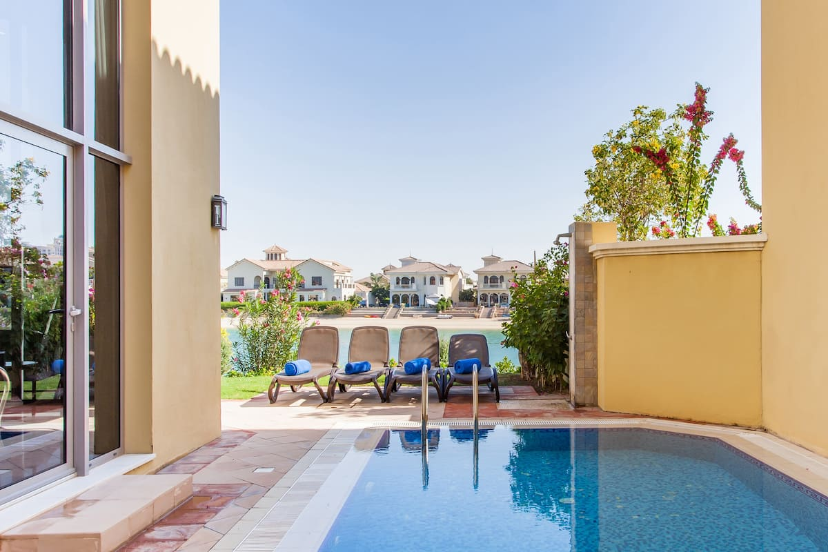 Chic Villa with Private Pool on Palm Jumeirah