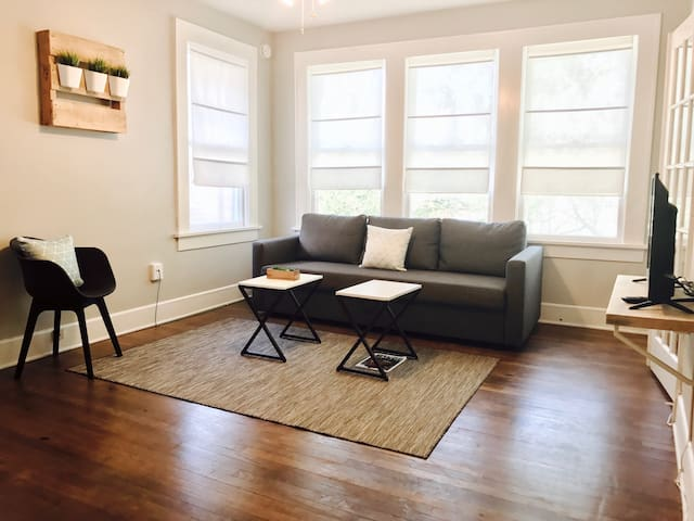 Studio 7 + Lower-Greenville Ave - Dallas - Apartment