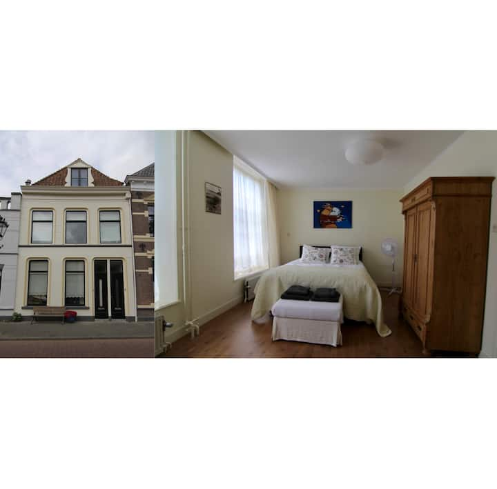 Apartment in Kampen citycentre (1h from Amsterdam)