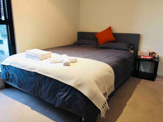 Luxurious private bedroom with nice view in CBD