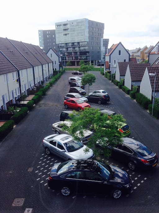 Free car parking in front of the house