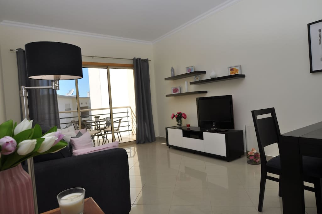 Encosta da Orada FD - living room with balcony
