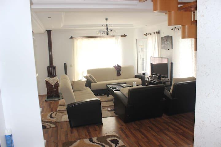 inanilmaz guzel bir villa F&J SAFARI - Yazır Köyü - Apartemen