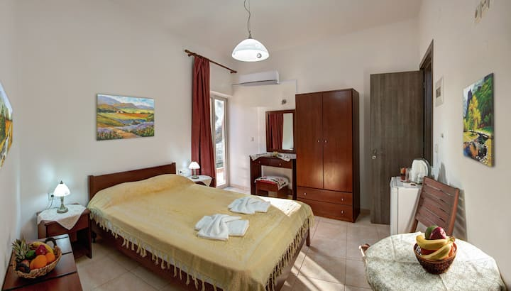 Antartisa B&B- Economy Double Room -Near ELAFONISI