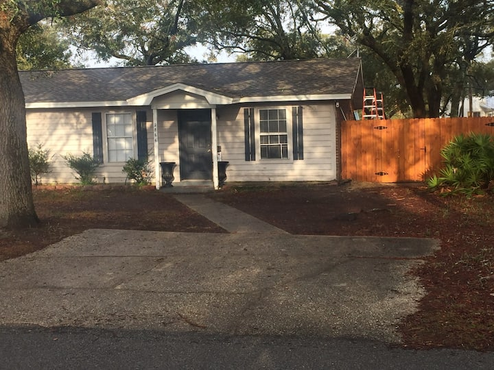 """Cozy 2 BR 1 Bath Renovated Home """"COMING IN APRIL"""""""