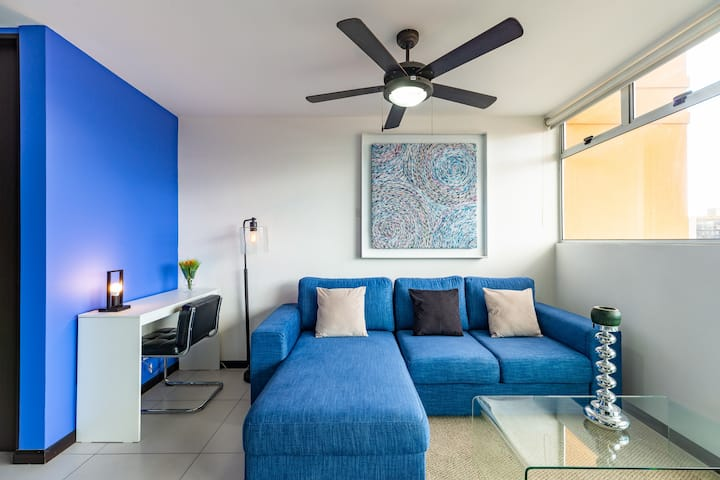 NEW Apartment  bestspot in SabanaPark 17km airport