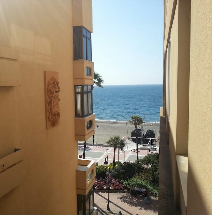Lovely apartment in first beach line, main street
