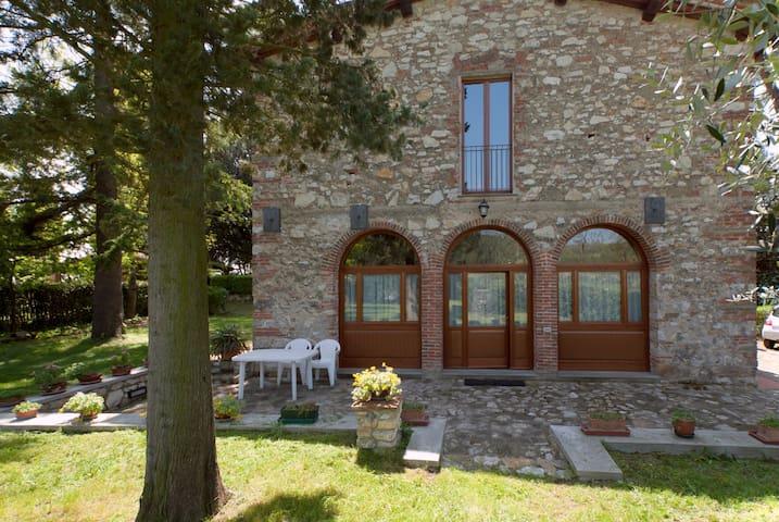 La Tinaia countryhome near Florence - Rignano sull'Arno - House