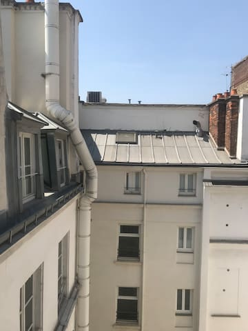 Typical and design apartment in 1st of Paris