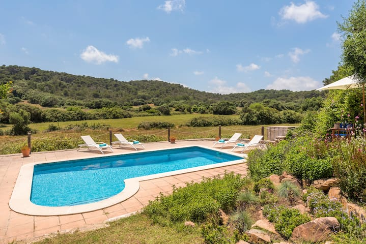 �☀ Historica Finca Biniarroga Nou �☀Free WiFi and AC