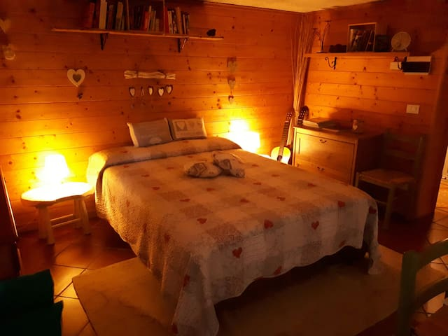 Romantic tavern in the heart of the Seven Lakes - Cocquio-trevisago - Apartamento