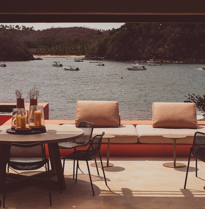 The Only Beachfront Casita By El Careyes Club