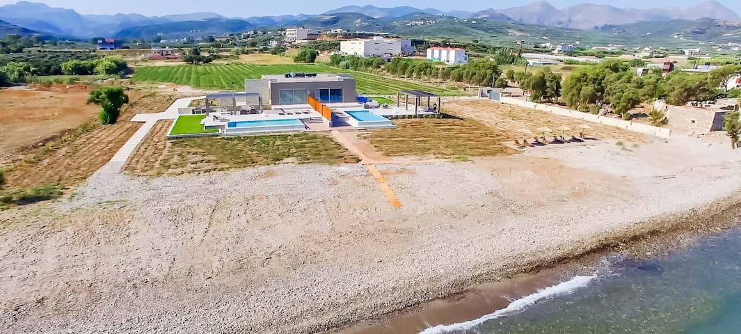 Youphoria Beachfront Estate