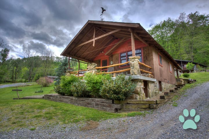 Nestled amongst Three Bear Holler; awesome views, privacy-Asheville, Waynesville - Clyde - Casa
