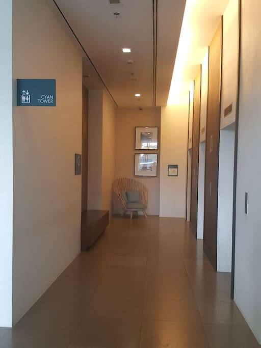 Hallway outside the lifts