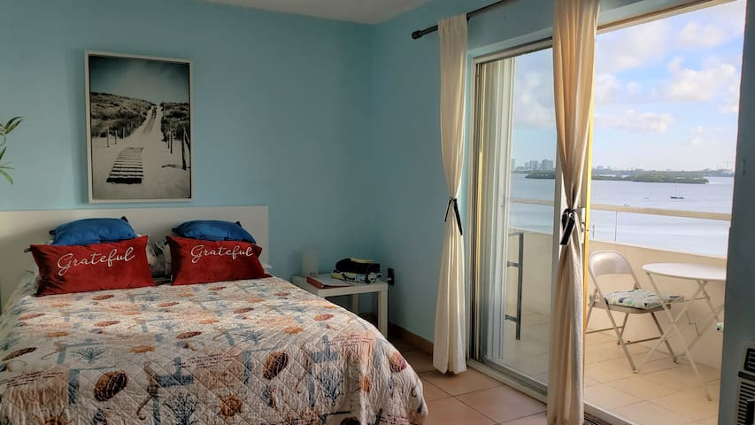 Bedroom w/waterview pool and parking. Monthly only
