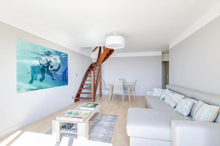 Amazing apartment - View over the Sea - Trouville