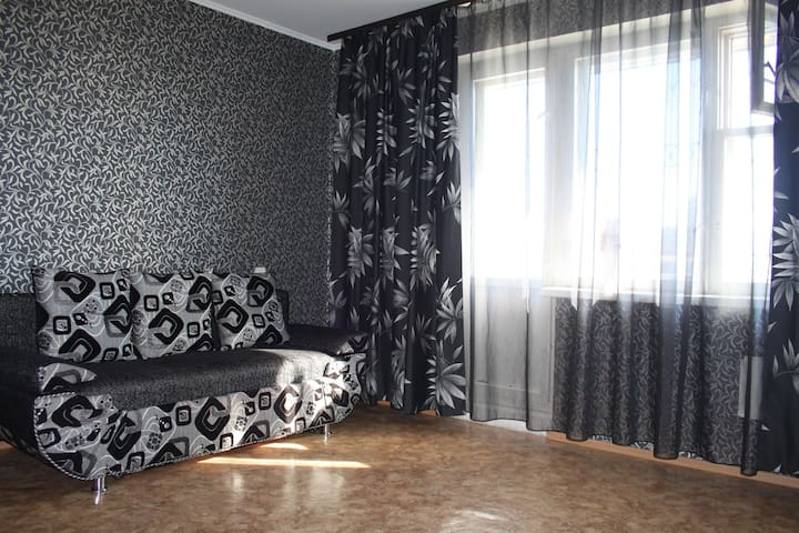 Квартира посуточно - Omsk - Apartment