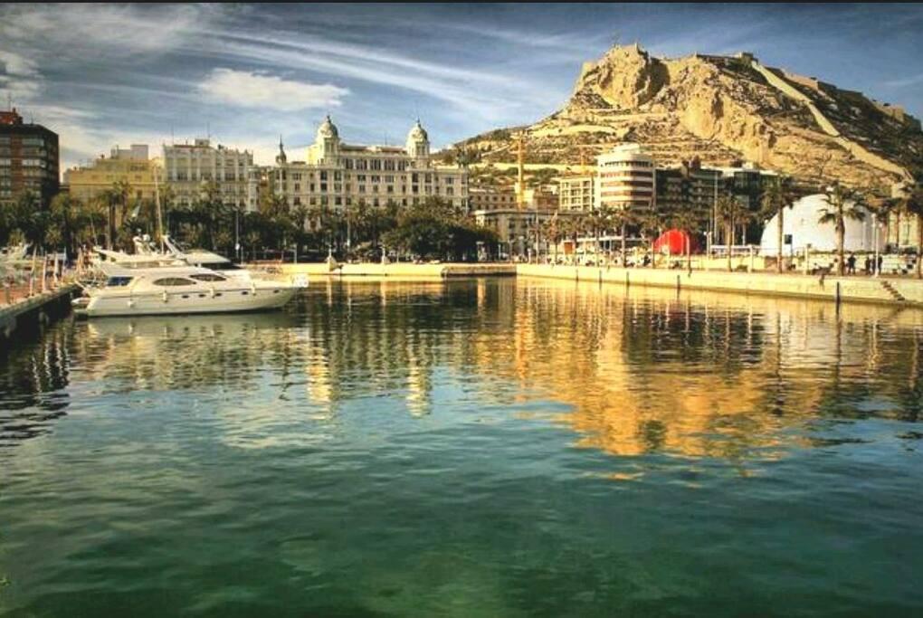 Come and enjoy sunny Alicante!