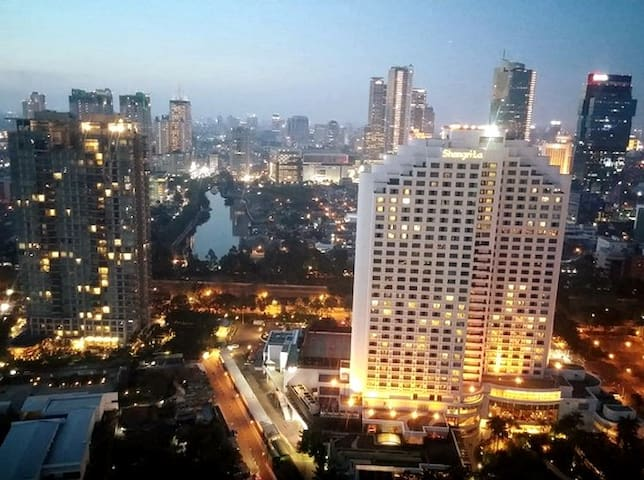 Central Jakarta, near MRT, free Pool,Sauna & Gym