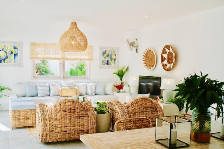 Sunyi Villa - Simply Elegant!